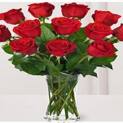 Flower Bouquet -  12 Red Roses in glass vase